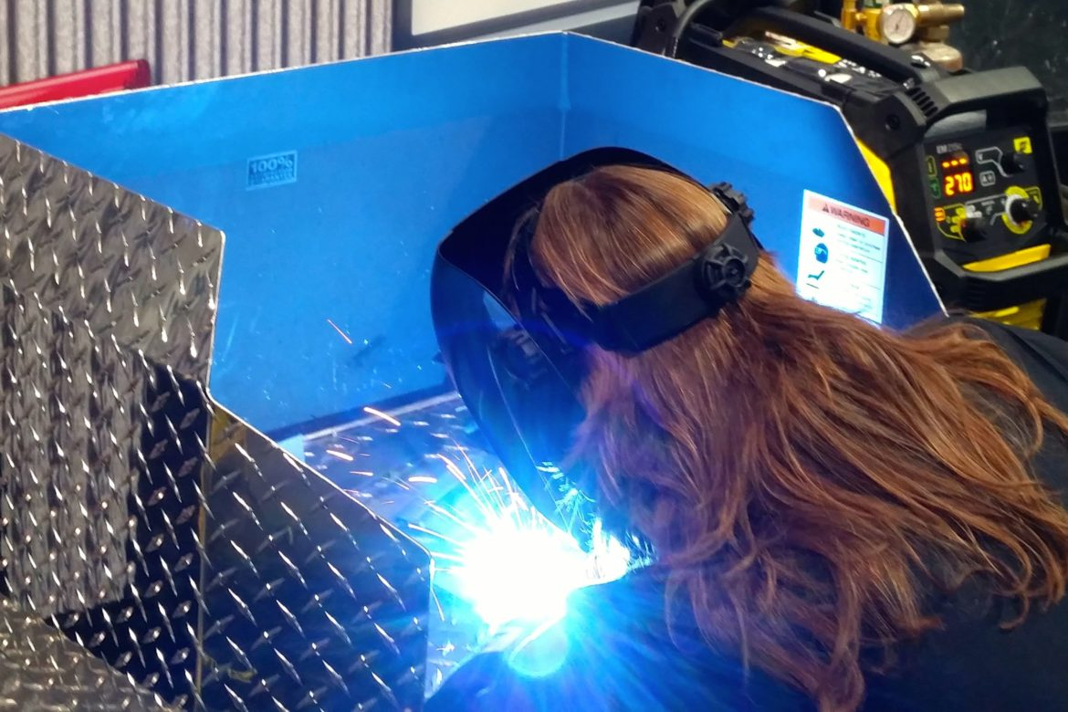 Ladies Offroad Welding Experience at King of the Hammers