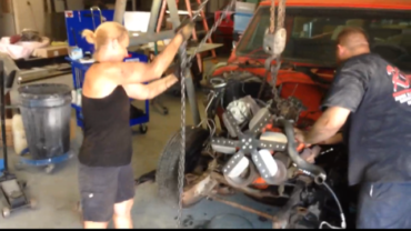 Judy Moore – 1972 C10 Build – Removing the 350 Small Block